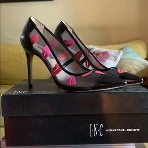 I N C international concepts kiss printed heels